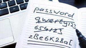 Dåliga lösenord i anteckningsbok