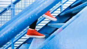 Två steg i trappor
