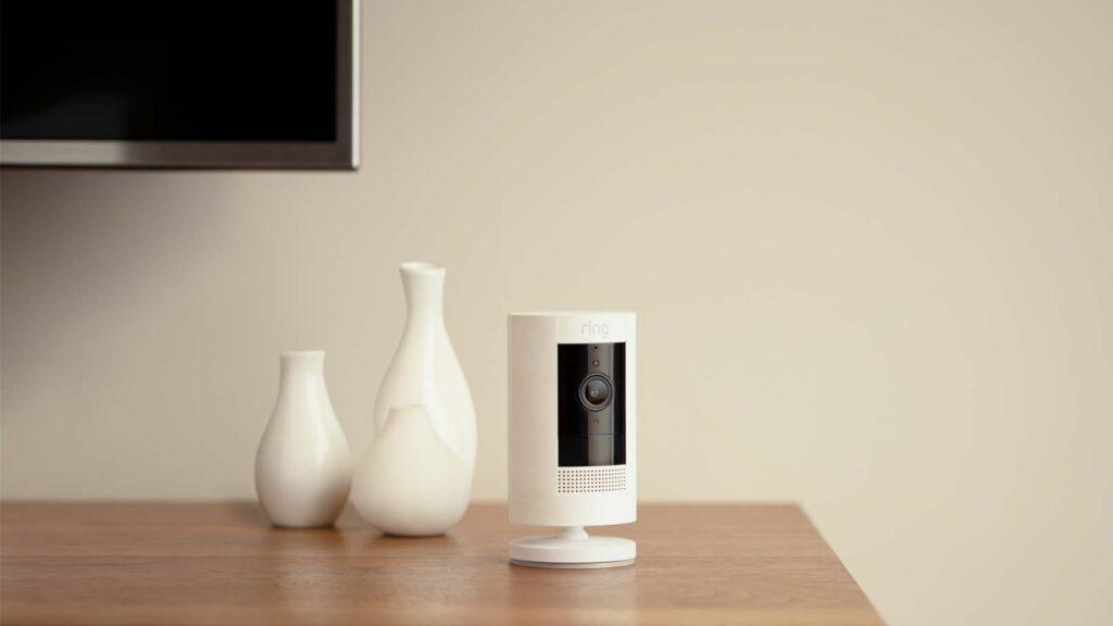 Ring-kamera i vardagsrum