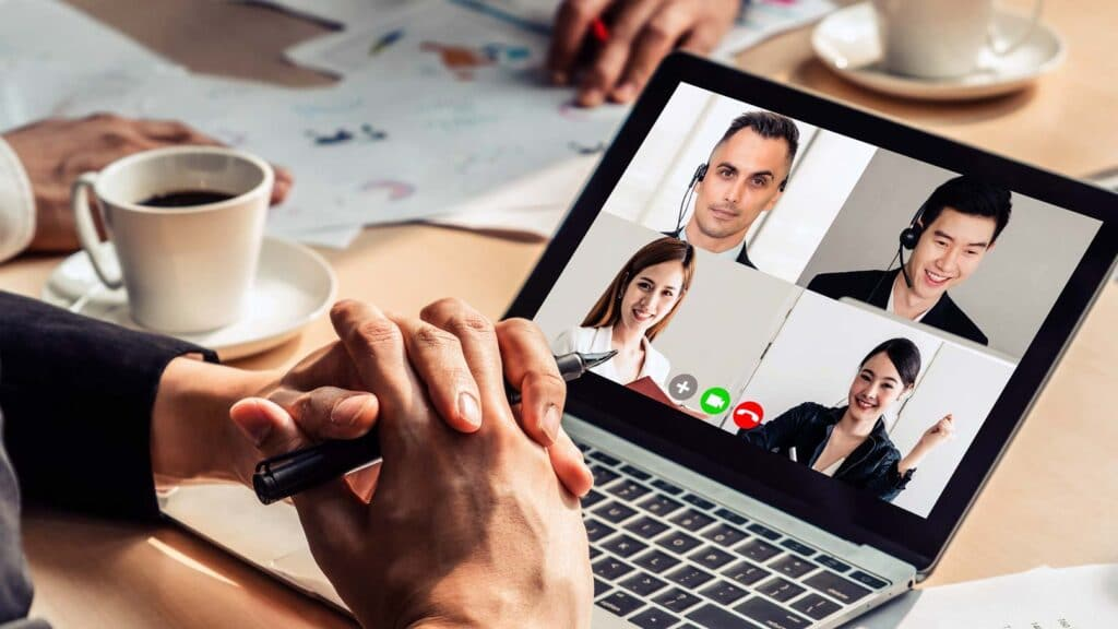 Videokonferens på bärbar dator
