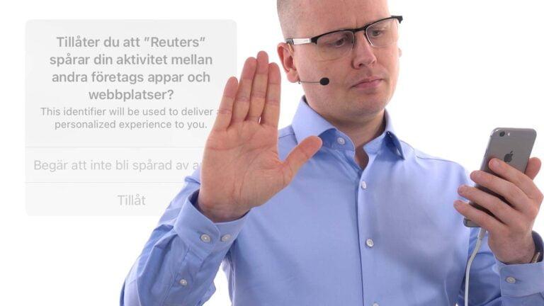Karl Emil Nikka med Apples nya integritetsfråga i bakgrunden.